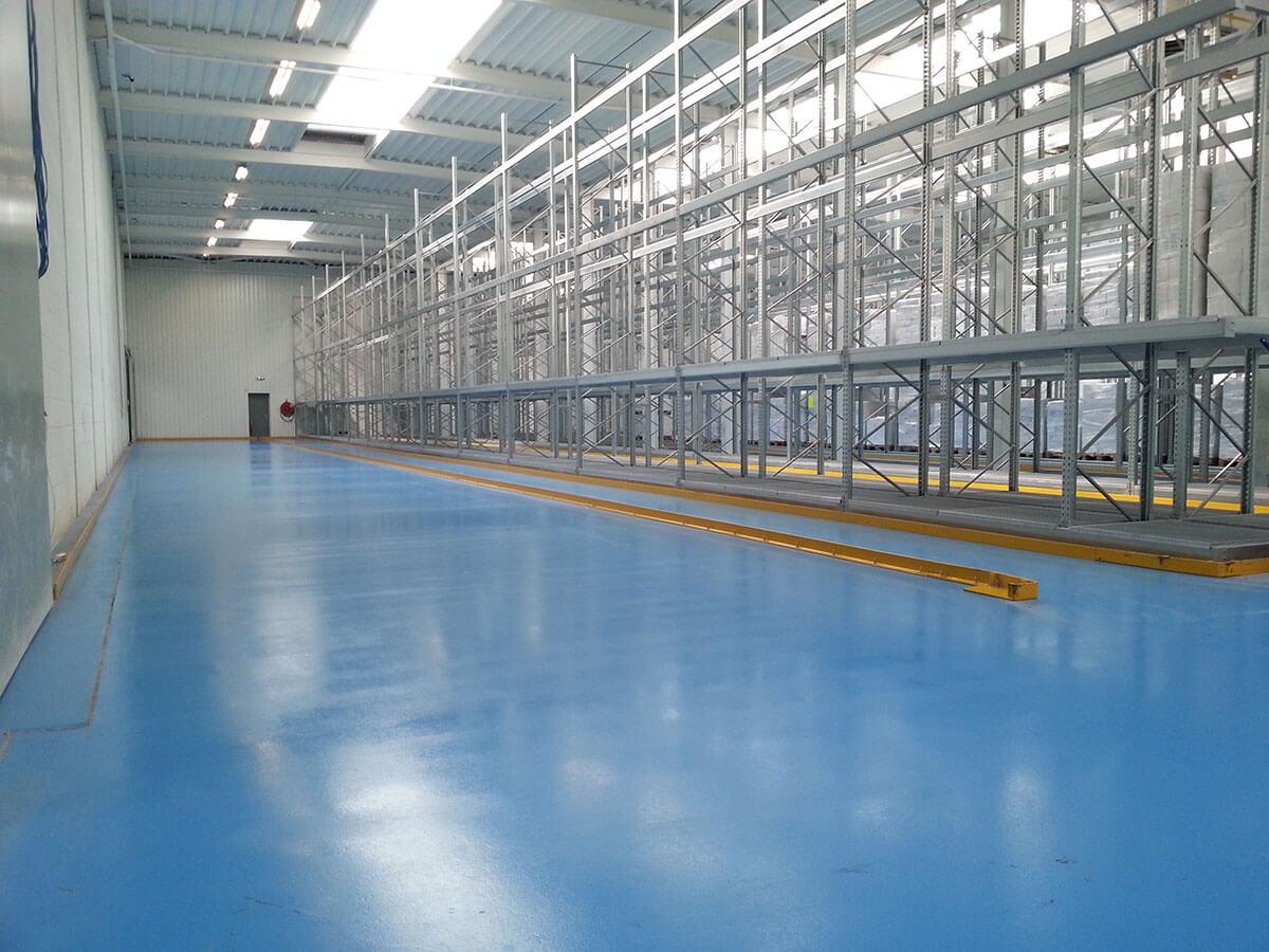 unicoat-vloeren-epoxy-vloercoating-in-loods
